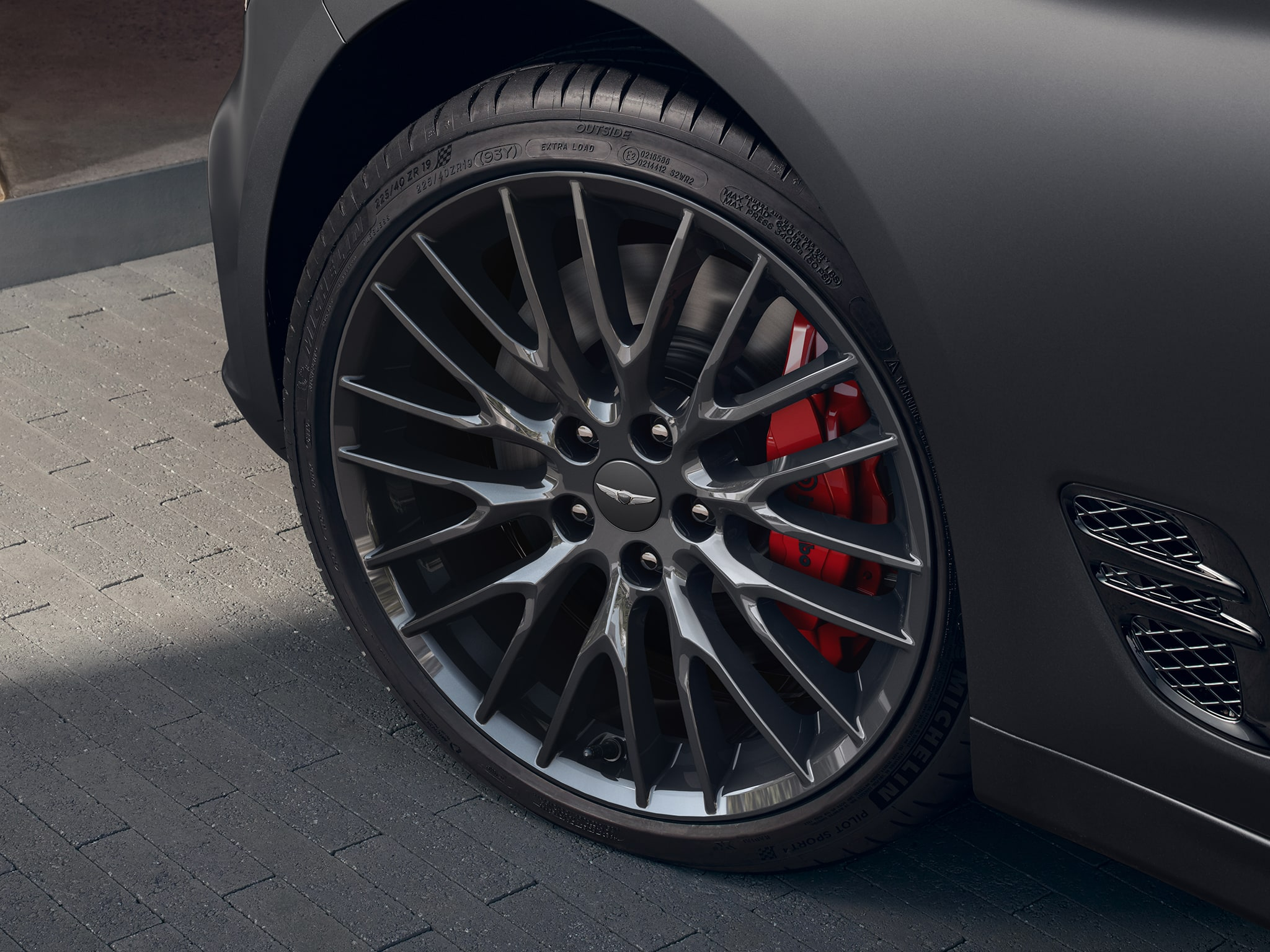 2022 Genesis G70 Safety Features